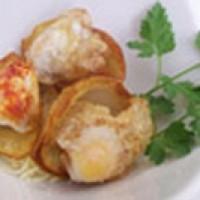 Patatas nido con huevos de codorniz